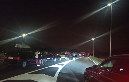 KOLAPS na auto-putu za Niš: Kilometarske kolone, više vozila Hitne pomoći je na terenu! (FOTO)
