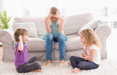 Osam saveta kako da rešite problem LJUBOMORE između braće i sestara i šta ne smete da radite