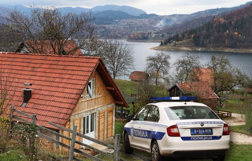 """""""Rekao mi je da ima bombu i da hoće da se UBIJE"""": Slobodanova žena otkrila RAZLOG porodične drame u Nišu"""