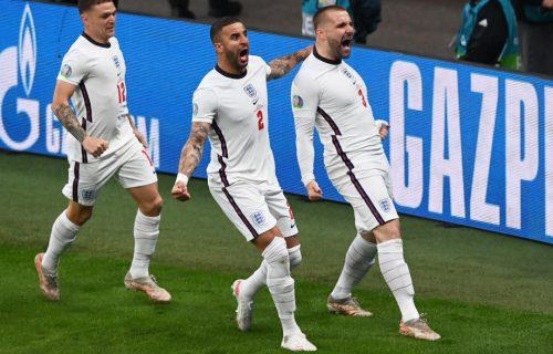Navijači će mu pamtiti ovaj gest zauvek: Reprezentativac Engleske tri meča igrao sa polomljenim rebrima!