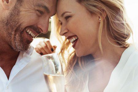 Oslobodite se NEGATIVNIH osećanja: Kako da rešite problem sa ljubomorom i ostvarite ZDRAVU vezu?