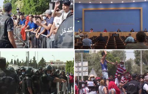HAOS u Tunisu: Vojska na ulicama, a Srbi na plažama - da li su naši turisti BEZBEDNI u arapskoj državi?