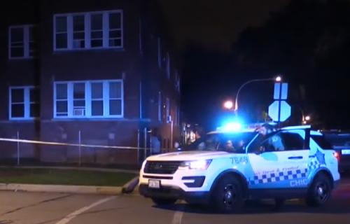 KRVAVE scene u Čikagu: Otvorio vatru na pešačkom prelazu, UPUCANE tri tinejdžerke i devojčica (VIDEO)