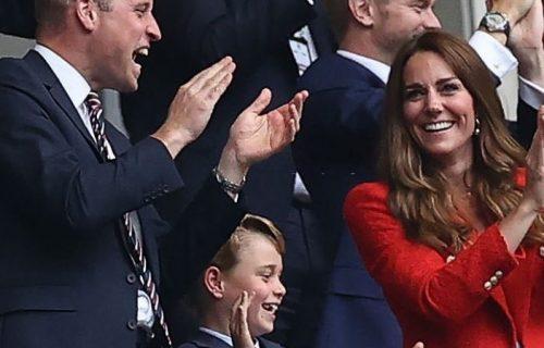 Za 10 sati MILION lajkova: Princ Džordž napunio 8 godina, Kejt podelila fotografiju na Instagramu (FOTO)
