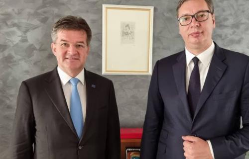 Vučić u Briselu: Predsednik Srbije se sastao sa Lajčakom (FOTO)