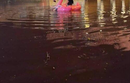 Nesvakidašnja scena u Subotici: Nakon velikog nevremena, devojka uradila nešto URNEBESNO (FOTO)