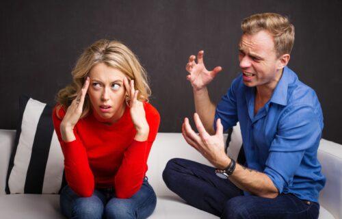 Ko su EMOTIVNI VAMPIRI? Osam načina da se izborite sa ljudima koji vas stalno guše svojim problemima