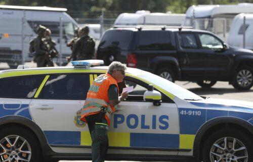 """KAKVI """"BESTIDNICI"""": Zatvorenici u Švedskoj oteli čuvare, zabakadirali se i zahtevali 20 pica (FOTO)"""