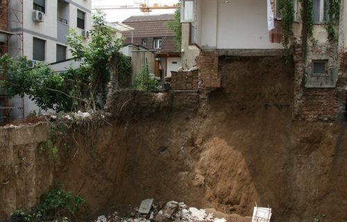 Potresne scene na Vračaru: Stanari urušene zgrade došli po NAJVREDNIJE i NAJDRAŽE stvari