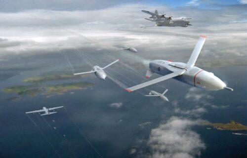 Bacaće bombe i NAPADATI neprijateljske avione: NEVIDLJIVI dron LongShot seje strah (FOTO+VIDEO)