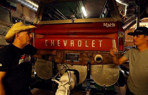 Internet razotkrio tajnovit projekat: Chevrolet C10 u nesvakidašnjoj ulozi, pogledajte šta može (VIDEO)