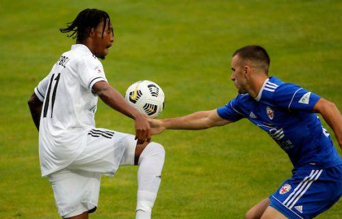 Neslavan start Superlige Srbije: Trijumf Čuke nakon preokreta i rasistički ispad na Banovom brdu (VIDEO)
