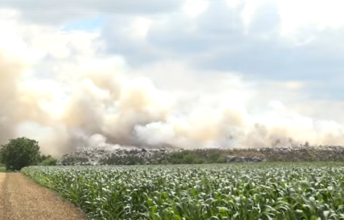 Deponija gori već dva dana: Proglašena VANREDNA SITUACIJA u Požarevcu (VIDEO)
