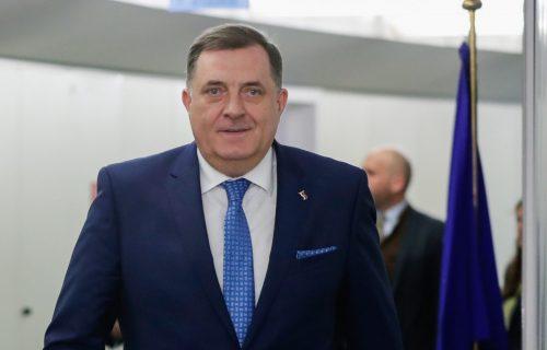 """Milorad Dodik o napetoj atmosferi u Republici Srpskoj: """"Ne plašim se HAPŠENJA, ići ću u Sarajevo!"""""""