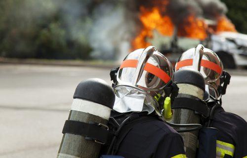 Veliki POŽAR na Zlatiboru: Na terenu 100 vatrogasaca, očekuje se dolazak helikoptera