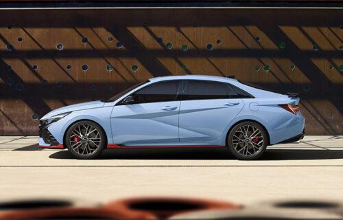 "Predstavljen Hyundai Elantra N: Sportaš ""krije"" pod haubom 276 konja (VIDEO)"