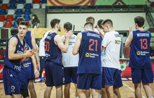 """""""Orlići"""" pucaju na visoko: Novi ubedljiv trijumf Srbije na SP!"""