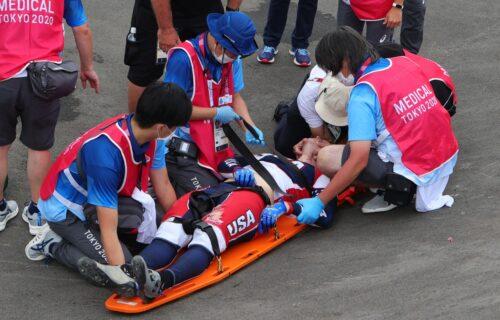 Užasna scena u Tokiju: Olimpijski šampion hitno prebačen u bolnicu (VIDEO)