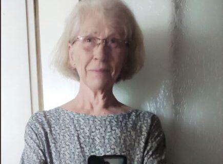 Selfi penzionerke iz Beograda izazvao LAVINU komentara: Svi gledaju u Ljubicu zbog jednog detalja (FOTO)