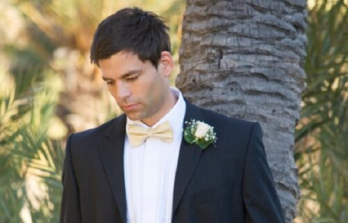 Poslao pozivnice za venčanje samo onima koje NEĆE da vidi: Sadržaj u koverti ih je zaprepastio