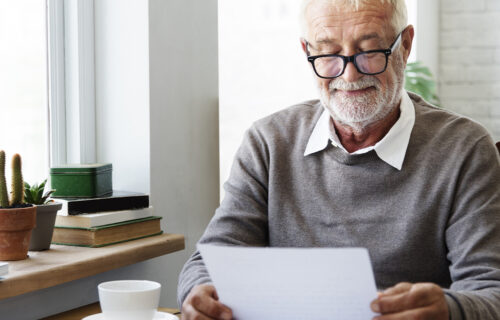 Dobio je PISMO pokojne supruge nakon četiri decenije: Krenuo da čita, pa doživeo IZNENAĐENJE