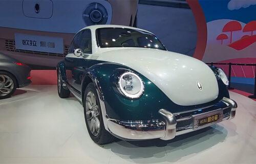 """Kineska """"buba"""" stiže u Evropu? Patentirali retro dizajn usred dvorišta Volkswagena (VIDEO)"""