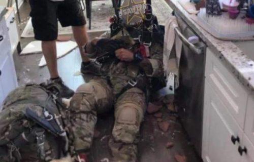 Padobranac pao kroz krov kuće i završio u kuhinji: Vlasnici je potom postavio NEVEROVATNO pitanje