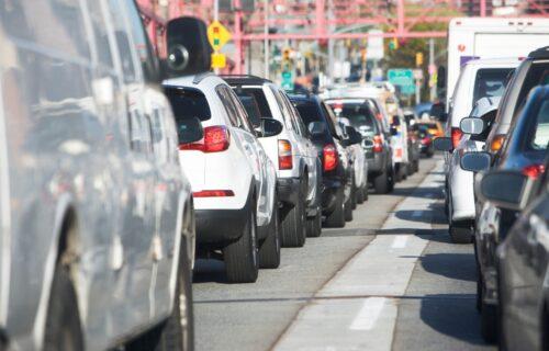 Vozači, OPREZ! Pre putovanja, proverite ovo na automobilu: Svi zanemaruju jednu SITNICU, a ona je ključna