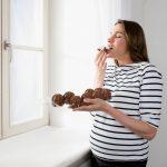 Zdrava hrana jednako je važna za mamu i BEBU: Četiri namirnice koje trudnice treba REDOVNO da jedu
