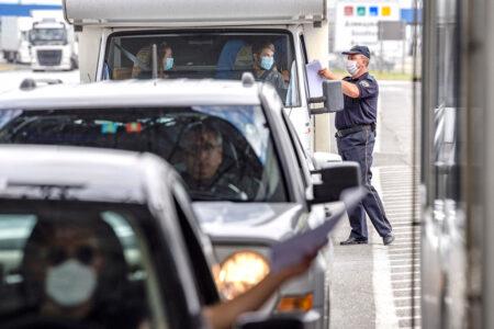 AMSS: Povoljni USLOVI za vožnju, na Horgošu se čeka sat i po – evo kada se tokom dana očekuju GUŽVE