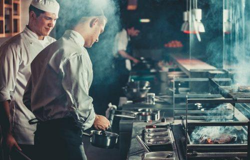 Vlasnik restorana DROGIRAO goste kako bi postali zavisnici od njegove hrane