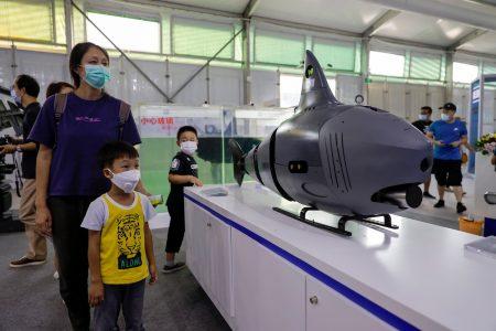 Kinezi pomeraju granice: Mehanička AJKULA lovi podmornice i špijunira protivnike (FOTO)