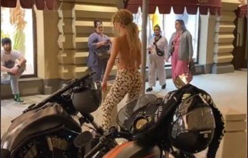 Atraktivna Ruskinja savršeno skinula svima poznate POKRETE: Niko nije mogao da veruje šta vidi (VIDEO)