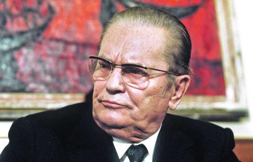 """""""Bio je najveći ZLIKOVAC, srpski narod je prevaren"""": Ovi Memoari ukazuju da nas je Tito zavio u CRNO"""