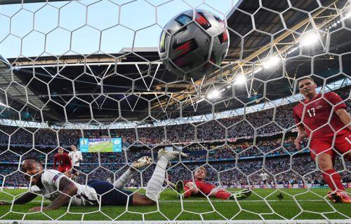 Poklonili su Englezima penal protiv Danaca: Sada će i u finalu deliti pravdu