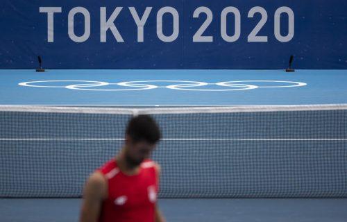 Ekskluzivno iz Tokija: Korona se lakše podnosi uz Novaka i japanske lutkice (FOTO)