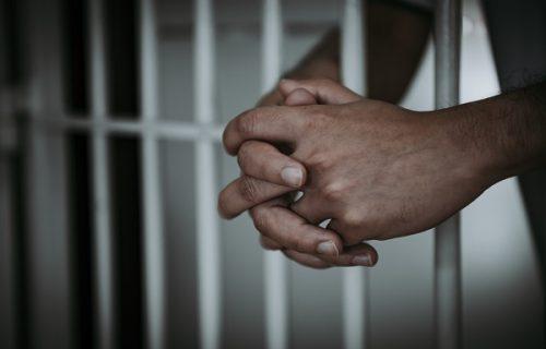 Određen pritvor osumnjičenima za prodaju SKUPOCENE slike: Hteli bogatstvo, sad su IZA rešetaka