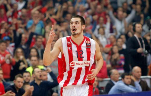Evo kako su navijači Zvezde reagovali na povratak Nikole Kalinića (FOTO)
