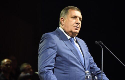 Dodik: Protesti na Cetinju su sramota za Crnu Goru