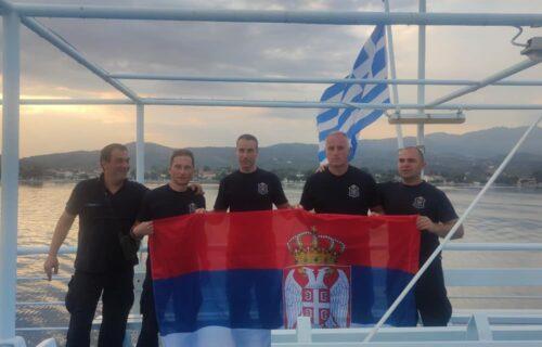 Srpski HEROJI se vraćaju kući: Grci odali PRIZNANJE našim vatrogascima (FOTO)