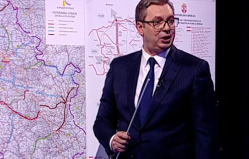 """Predsednik Vučić: """"U ovom trenutku radimo sedam auto-puteva, uskoro ćemo imati velike brendove u Srbiji"""""""