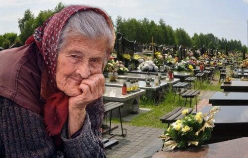 U ranu zoru iz GROBOVA vadili pokojnike: Milica iz Loznice posvedočila kako je ISKOPALA rođenog sina