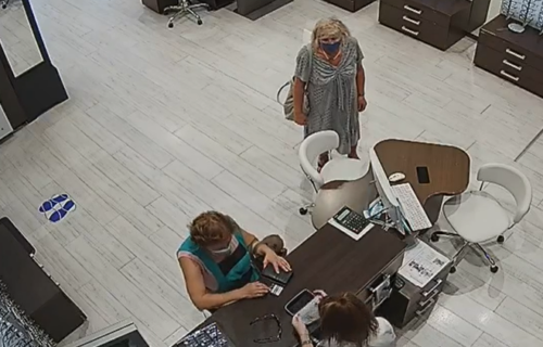 Drsko do SRŽI: Hrvatica na nesvakidašnji način ukrala mobilni telefon, kamera sve snimila (VIDEO)