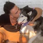 Pretvarao se pred svojim psom da plače, pa dobio OVU REAKCIJU (VIDEO)