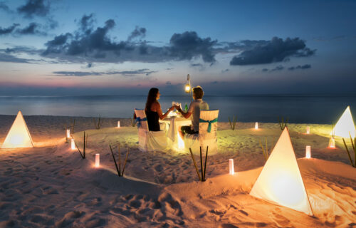 Horoskop za 14. avgust: OVNA očekuje odličan poslovan dan, BLIZANCI imaju jaku želju da ozvaniče ljubav