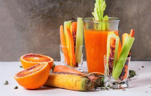 Domaći lek: Prirodni sok koji može da ublaži simptome alergije na ambroziju (RECEPT)