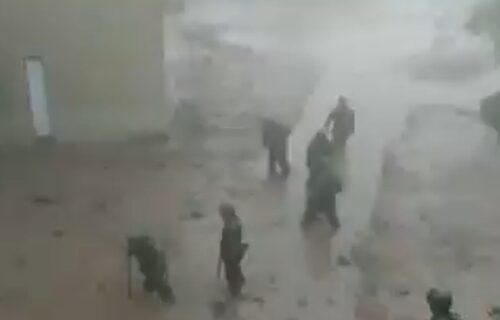 Žena poginula, ostatak porodice NESTAO: Japan apelovao na građane da se EVAKUIŠU zbog padavina (VIDEO)