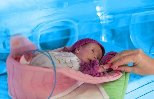Kompanija Delez donirala UNICEF-u sredstva za modernizaciju i opremanje neonatalnih jedinica u Srbiji