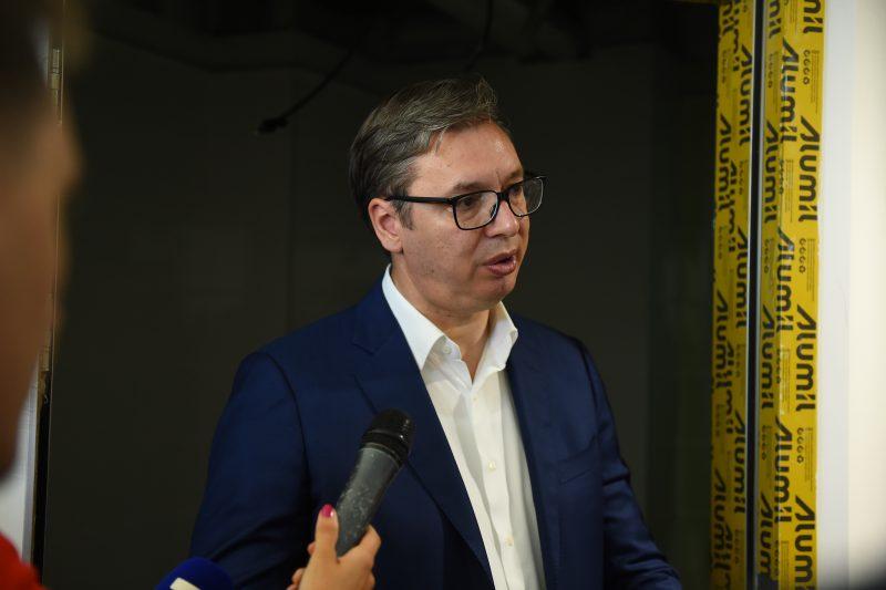 """""""Spreman sam da idem na poligraf da se vidi da li sam LAGAO"""": Vučić o krivičnoj PRIJAVI protiv sebe"""