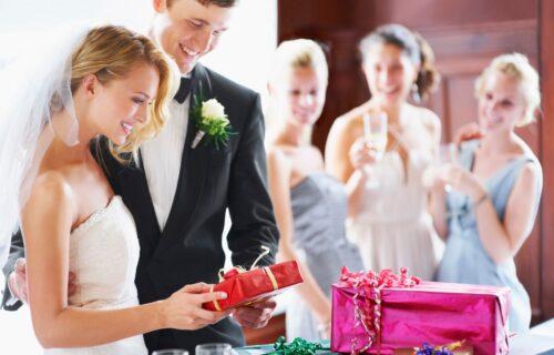 Plakao je kao kiša dok mi je lomio SRCE: Ispovest mlade koja je ostavljena sat vremena pre venčanja!